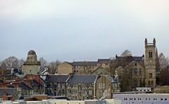 Observing (Bricheno) Tags: church skyline scotland escocia observatory coats paisley szkocja schottland scozia oakshaw cosse churchofscotland  esccia orrsquarechurch coatsobservatory   bricheno scoia