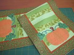 Trilho de mesa (Zion Artes por Silvana Dias) Tags: quilt patchwork abóbora moranga caminhodemesa trilhodemesa zionartes
