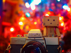 Merry Christmas ! (©Bart) Tags: christmas color cute 50mm lights md minolta olympus noel celebration micro 17 merry merrychristmas danbo m43 rokkor mft 50mmf17 revoltech danboard epl1 micro43 microfourthirds μ43