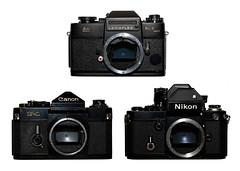 leica canon nikon filmcamera nikonf2 leicaflex professionalphotography leicaflexsl2 canonf1 mechanicalcamera analoguephotography leicaflexsl2mot motordrivecamera