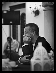 _5016219bw copy (mingthein) Tags: life wedding people digital four bokeh availablelight photojournalism olympus celebration micro pj ming zuiko 43 omd thirds zein sudanese m43 onn zd mft em5 4518 thein dhuha photohorologer micro43 microfourthirds mingtheincom zuiko4518