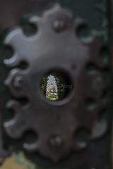 San Pietro oltre il cancello (diprimandrea) Tags: sanpietro cupola vaticano serratura cancello vista view cavalieridimalta roma rome italia italy