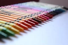Y0944 (yolyes) Tags: canonistas canon rebelt5 t5 eost5 colorful colors crayons crayones crayolas cera