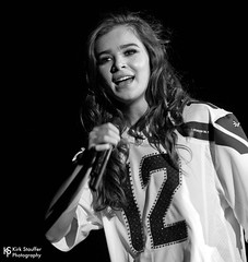 Hailee Steinfeld @ WaMu Theather (Kirk Stauffer) Tags: kirk stauffer nikon d5 adorable amazing attractive awesome beautiful beauty charming cute darling fabulous feminine glamour glamorous goddess gorgeous lovable lovely perfect petite precious pretty siren stunning sweet wonderful young female girl lady woman women live music tour concert show stage gig song sing singer singing vocals vocalist perform musician band lights lighting indie pop long brown hair brunette red lips model tall fashion portrait smile smiling teen teenager dance actress seahawks bw black white
