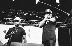 Mobb Deep (Caroline Lessire) Tags: mobb deep prodigy havoc queensbridge ny new york infamousrecords hclassentertainment survivalofthefittest shookonespartii quietstormrmx big noyd the infamous hell earth dour festival music photography live livemusicphotography canon sigma