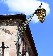 (:Linda:) Tags: germany bavaria franconia town erlangen shopsign flagholder grape