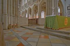 St. Edmundsbury Cathedral, Suffolk (John D McDonald) Tags: stedmundsburycathedral stedmundsbury cathedral church churchofengland anglican building architecture dykesbower stephendykesbower gothic burystedmunds suffolk anglia eastanglia geotagged