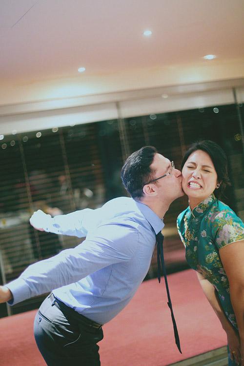 婚禮攝影-偷親