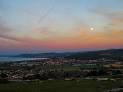 Penrhyn Bay (sgl0jd) Tags: clouds sunset cirrus yellow orange orme penrhynside penrhyn bay llandudno wales