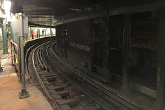 IMG_2885_p_g (thebiblioholic) Tags: frozenintime flickrfriday subway