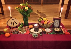 Autumn Equinox altar (alisonleighlilly) Tags: autumn equinox altar paganism druidry witchcraft wicca polytheism ceridwen goddess fall gourds apples candles awen inspiration cauldron cuups covenantofunitarianuniversalistpagans uu unitarianuniversalism