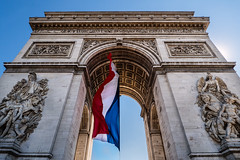 Arc de Triomphe (essexdiver) Tags: arcdetriomphe paris france champselysee omdem10 olympus olympus918mm micro43 travel flag tricolor