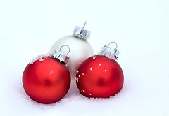 In the Snow (Karen_Chappell) Tags: christmas xmas red white holiday snow bulb ball three decoration noel ornament round