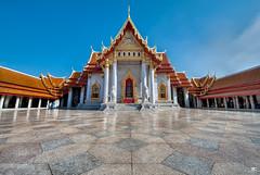 Marble Temple (iPh4n70M) Tags: architecture thailand temple nikon bangkok buddha palace thalande thai handheld palais marble nikkor bang khun hdr phrom 9xp tha d700 1424mm 9raw