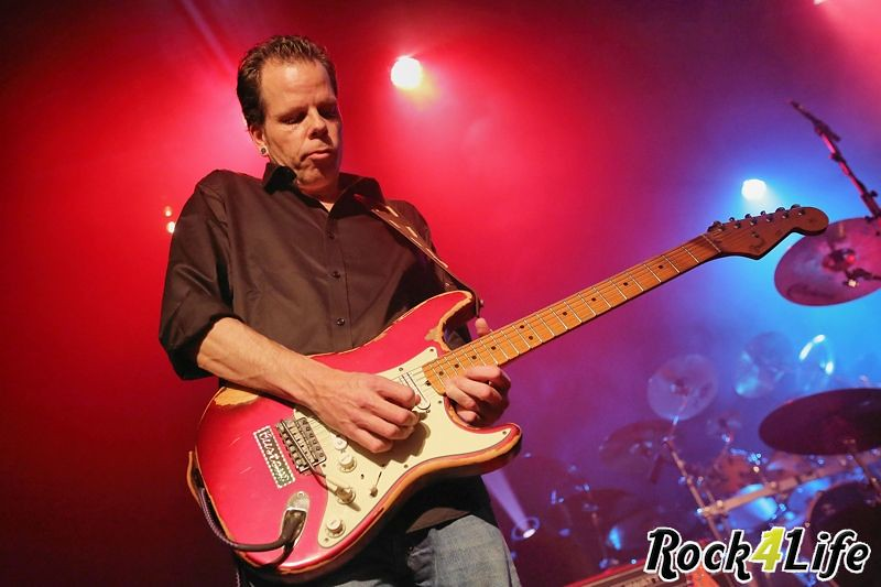 Infloyd  Rock4Life Oudejaarsparty 2012 (3)