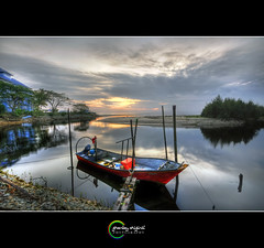 ::Azam Baru:: (Green.Boy) Tags: reflection sunrise boat nikon sigma ultrawide hdr hdri 3exposure leefilter d300s sungaiular