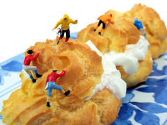 Climbing (cathy.scola) Tags: dessert miniature yummy climbing ho littlepeople creampuffs climbers tinypeople profiteroles hofigures