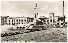 Cairo Railway Station - Ramses Square In 1957 (Tulipe Noire) Tags: africa railroad fountain station statue square egypt middleeast cairo 1950s egyptian 1957 ramses