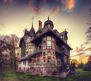 Witch's House