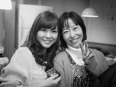 Mother and Daughter [explored] (kasa51) Tags: portrait bw monochrome lumix panasonic pancake 20mm motheranddaughter f17 gf1 母と娘