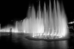 Dubai Mall: Water, Fire, and Light Show (John Leon-Guerrero) Tags: show water fountain dubai watershow manmadelake dubaimall burjkhalifa