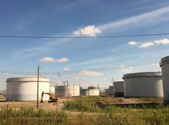 Tank Farm (Cocoabiscuit) Tags: cocoabiscuit iphone marcushook refinery oil