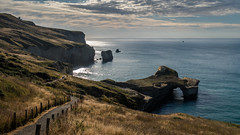 tunnel beach (Kellilei) Tags: arch beach bogen canon cliff coast compact dunedin g5x neuseeland new ocean ozean pacificpazifik sea south sdpazifik tunnel water zealand