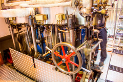 229 - Steaming (md93) Tags: 366 sirwalterscott steamship historic engine room loch katrine trossachs scotland