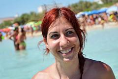 Sorriso - Smile. (sinetempore) Tags: sorriso smile donna woman ragazza girl ritratto portrait viso volto face capellirossi redhair