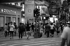 Life in Motion - It's safe to walk... (EHA73) Tags: aposummicronm1290asph leica leicamm typ246 hongkong travel streetphotography timessquare blackandwhite bw people shops brands walk