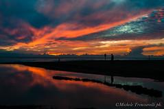 _DSC1001 (. ..::..::::....:::::m.trinciarelli photo::..:..) Tags: mare tramonto cielo spiaggia maredinverno pace