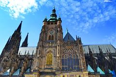 Katedrála Svatého Víta - Hrad III Nádvoří - Hradčany -Prague- (8) (Million Seven) Tags: katedrálasvatéhovíta katedralasvatehovita saintvituscathedral catedraldesanvito vaclavaavojtecha václavaavojtěcha hradiiinádvoří hradiiinadvori pražskýhrad prazskyhrad praguecastle castillodepraga hradcany hradčany praguecastlecomplex complex praha prague praga bohemia czechrepublic repúblicacheca českérepubliky ceskerepubliky castillo castle catedral cathedral academy europa europe church iglesia gothic stainedglass showcase middleages romancatholic princewenceslas wenceslas václav vaclav bishop metropolitan petrparléř peterparler devils monsters gargoyles towers sculptures gotico gótico tombs tumbas bohemian kings holyromanemperors holyromanempire amazing style sky medieval religion capital king architecture arch diagonal imperial nikon nikond3100 millionseven