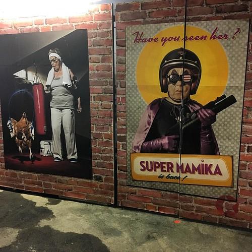 Super Mamika is back! #expo #exhibition #paris #france #photooftheday #carolechevallet #cacole_bn #iphone5SE #happytime #fan #sachagoldberger #garedausterlitz #photographer #art #artist #parisausterlitz