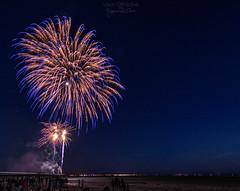 Fireworks at Bassin d'Arcachon 3 ((Virginie Le Carr)) Tags: nuit night feuxdartifice feuxartifice show fireworks lumire light color colors colorful couleurs outside extrieur bassindarcachon 14juillet ftenationale ponton pontoon lune moon ciel