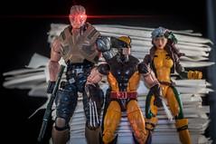 0622-257 X-Men (misterperturbed) Tags: hasbro marvel marvellegends xmen cable wolverine rogue