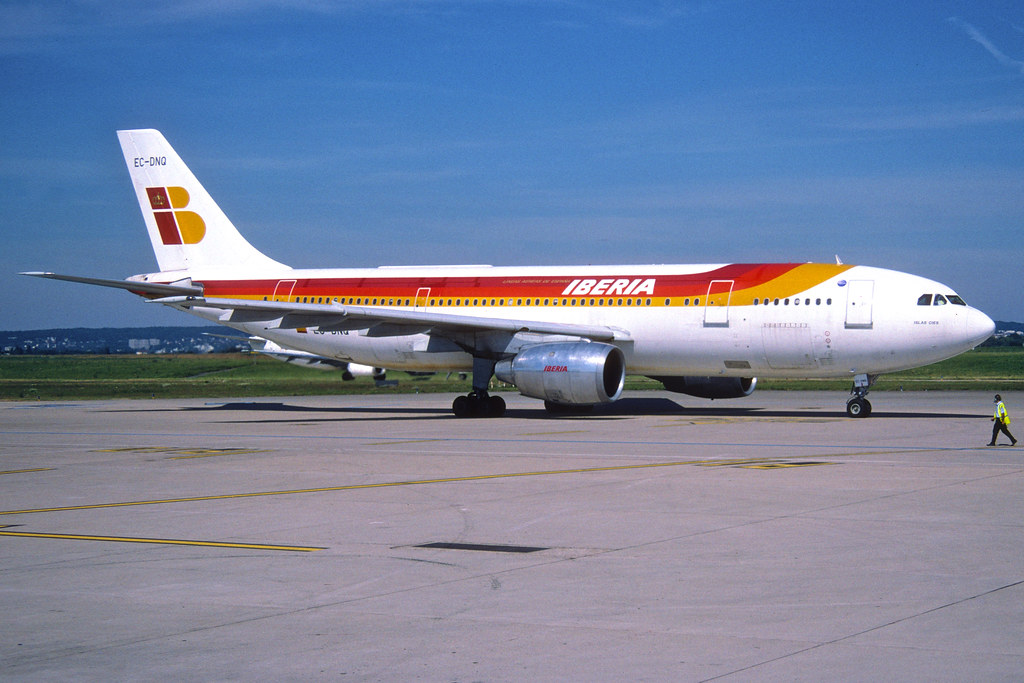 146aq - IBERIA Airbus A300B4-120; EC-DNQ by Aero Icarus, on Flickr