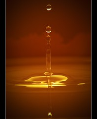 Drop in the Air (Emran Ashraf) Tags: pakistan waterdrop splash islamabad yn 70210mm emran strobist phottix memorialpower emranashraf flickrandroidapp:filter=none