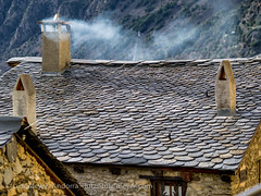 Andorra living: Engordany (lutzmeyer) Tags: pictures winter history photography europe december dorf village photos pics centre pueblo center images fotos invierno dezember andorra antic oldhouses bilder imagen diciembre pyrenees iberia pirineos pirineus iberianpeninsula pyrenen historisch imatges hivern poble desembre viertel altehuser engordany escaldesengordany ortsteil iberischehalbinsel stadtgebiet mfmediumformat parroquiaescaldesengordany andorracity camidelafont lutzmeyer lutzlutzmeyercom
