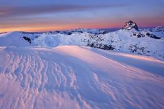 Midi d'Ossau ilunabarrean (jonlp) Tags: winter snow nature landscape natura paisaje pyrenees elurra pirineos ilunabarra negua mididossau paisajea