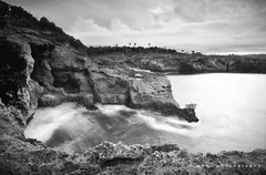 Rocks cliff (memet metz) Tags: sea bw cliff beach indonesia landscape island blackwhite rocks ss scape pantai lembongan ceningan flickrandroidapp:filter=none