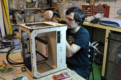 Fixing MakerBot at Kitchen Budapest
