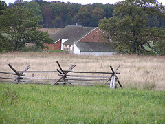 8920 Trostle Barn (lcm1863) Tags: autumn fall rural pennsylvania scenic gettysburg battlefield 2010 oldandbeautiful bankbarn
