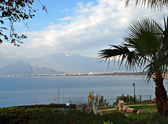 A walk through Antalya, Turkey, 024 (Andy von der Wurm) Tags: ocean trip sea vacation turkey bay mediterranean tour walk urlaub trkiye sightseeing trkei antalya reise tuerkei eurasia spaziergang bucht rundgang mittelmeer trkischeriviera mediteran hobbyphotograph tuerkischeriviera tuerkiye gulfofantalya andreasfucke andyvonderwurm golfvonantalya