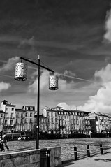 Bordeaux (auredeso) Tags: strada nuvole case bn lampione bordeuax