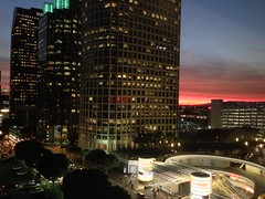 Work Sunset (Omar Omar) Tags: california ca sunset usa america la losangeles amrica downtown 110 target puestadesol downtownla redsky figueroa dtla californie puestadelsol usofa downtownlosangeles amrique ngeles tatsunis cielorojo architecturestudio pasadenafreeway figat7th citytarget fig7thfig