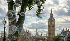 Bubbles in London (Alessandro Astrologo) Tags: londra london bubbles bolle