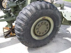 "US 155mm M1A1 Howitzer 7 • <a style=""font-size:0.8em;"" href=""http://www.flickr.com/photos/81723459@N04/28530079533/"" target=""_blank"">View on Flickr</a>"