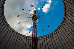 Kühlturm Karussell (ThiloG) Tags: kalkar kernieswunderland nikond5000 nikoncorporation