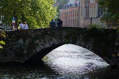 Tarde en Brujas (Manuel Gayoso) Tags: brujas flandes belgica puente canal atardecer flecha