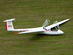 G-DEPD / EPD Schleicher ASK 21 cn 21119 Dunstable Downs 18Aug16 (kerrydavidtaylor) Tags: glider sailplane gliding